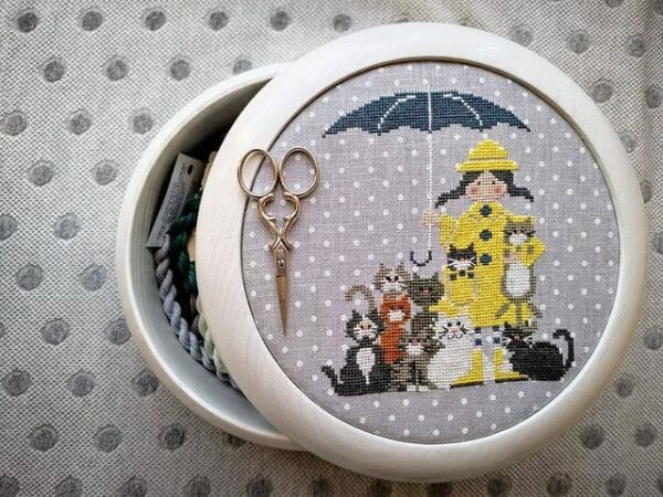 cats in the rain from madame chantilly viravitalevna fr